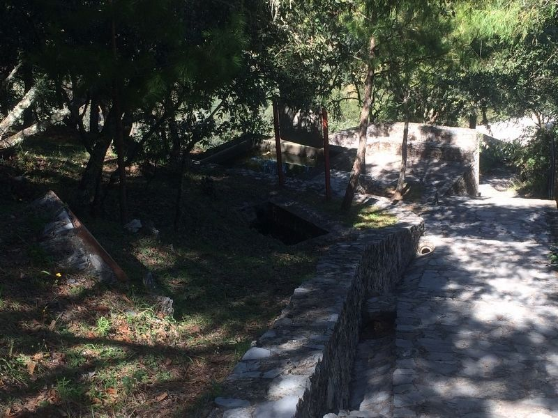 Another view of the walkway near the Toluquilla Archaeological Site image. Click for full size.