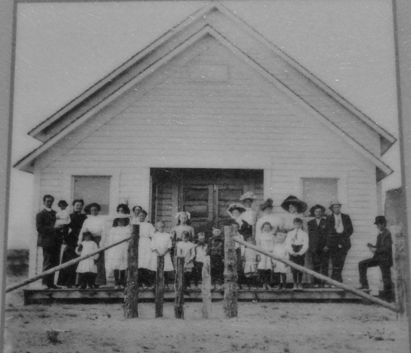 Marker detail: Fort Rock School 1911 image. Click for full size.