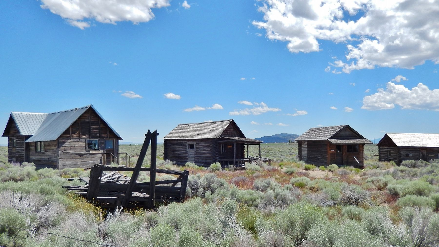 Homestead Cabins (<i>exhibits near marker</i>) image. Click for full size.