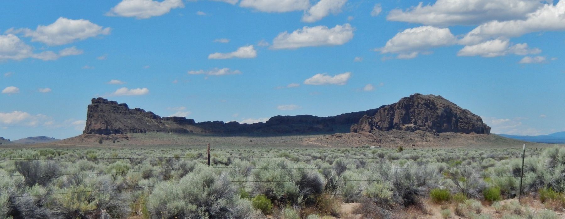 Fort Rock (<i>view from near marker</i>) image. Click for full size.
