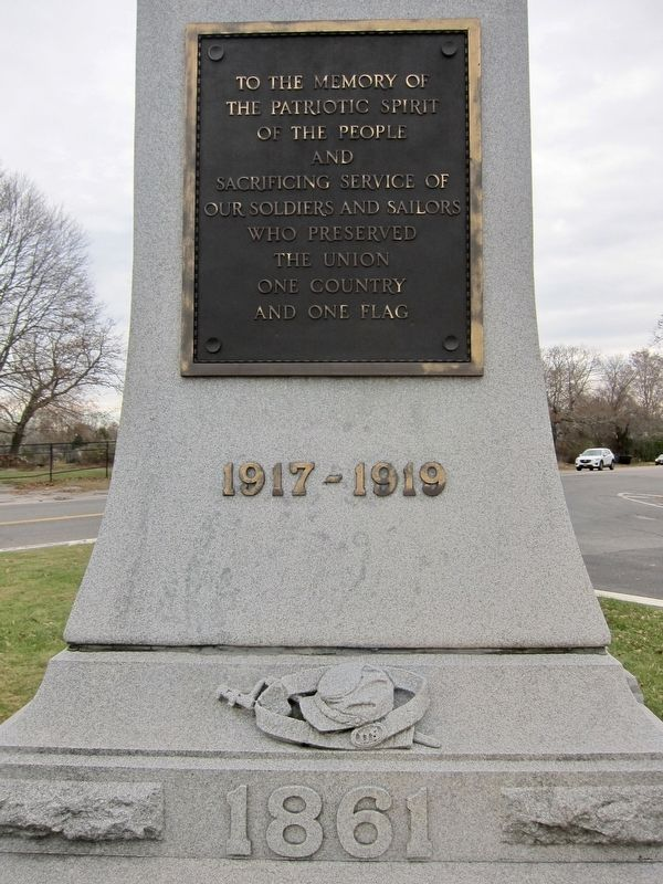 Bridgehampton Founders Monument Marker - Side 1 image. Click for full size.