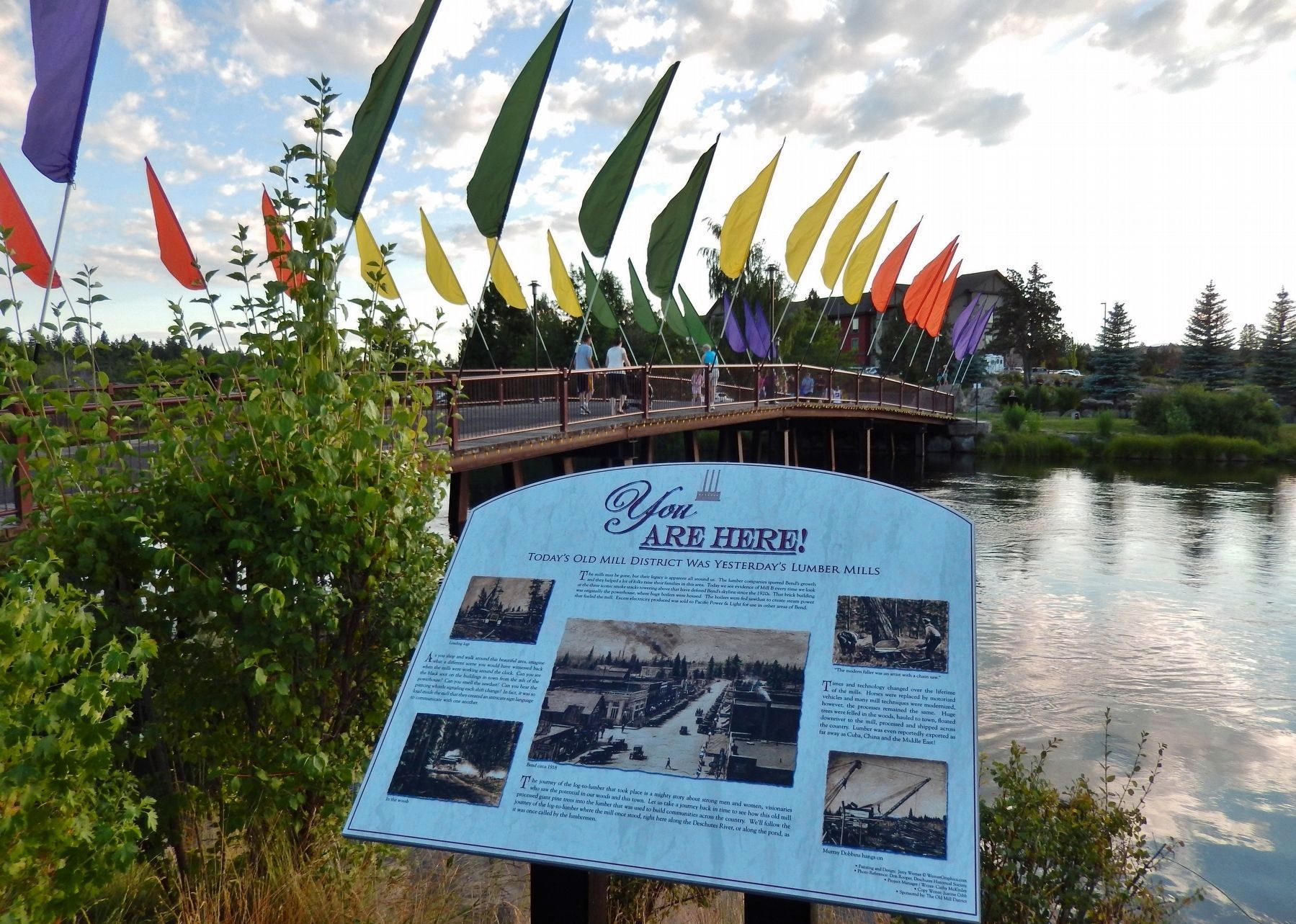 Today&#39;s Old Mill District Marker (<i>wide view</i>; Deschutes River in background) image. Click for full size.