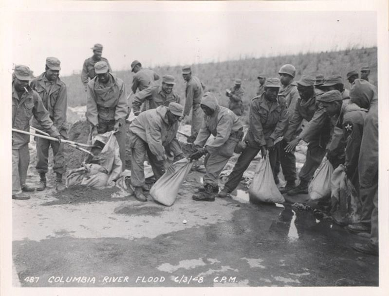 <i>African American Soldiers Filling Sandbags During the Vanport Flood, Columbia River, 6/3/1948</i> image. Click for full size.
