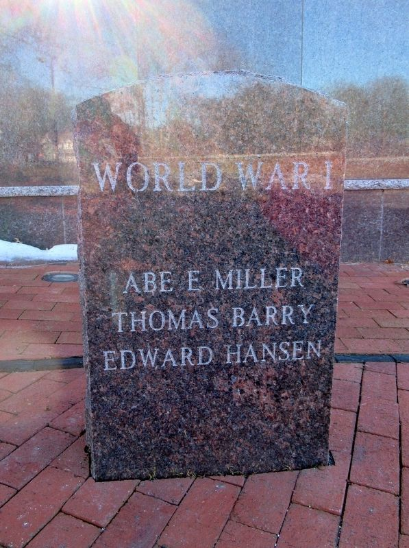 South Windsor World War I Memorial image. Click for full size.