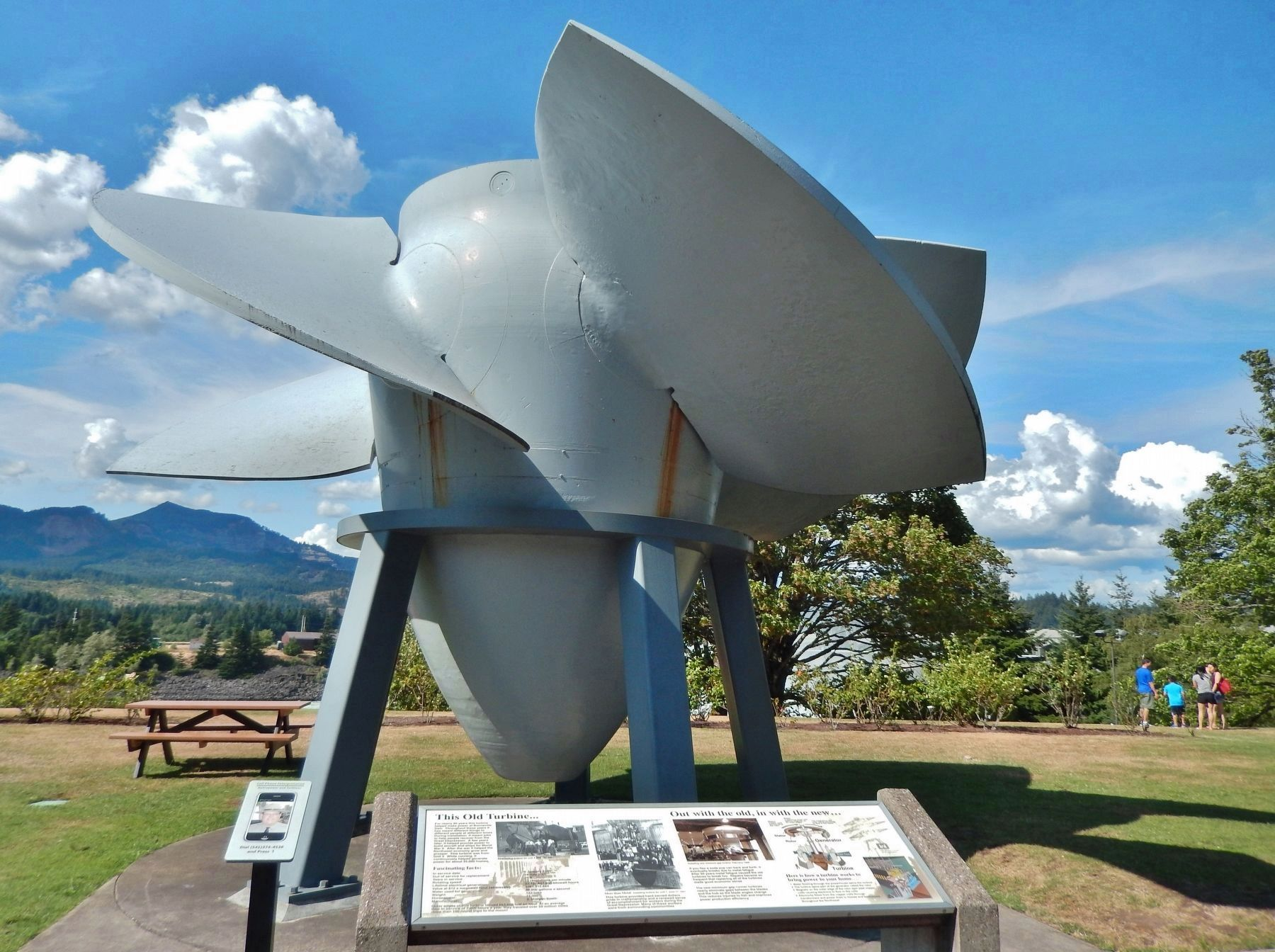 This Old Turbine Marker (<i>wide view; 1937 turbine in background</i>) image. Click for full size.