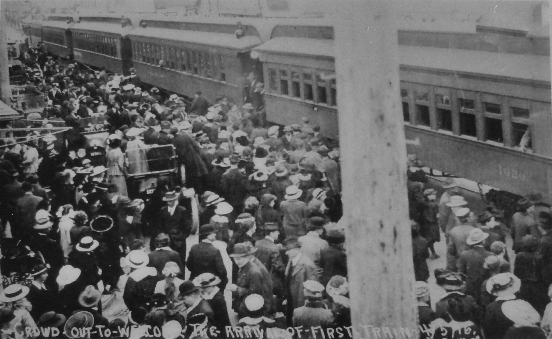 Marker detail: Crowd out to welcome the arrival of first train (4/5/1916) image. Click for full size.