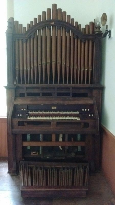 Confederate Memorial Chapel Organ image. Click for full size.