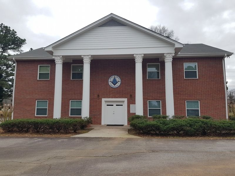 Fayetteville Masonic Lodge #711 image. Click for full size.