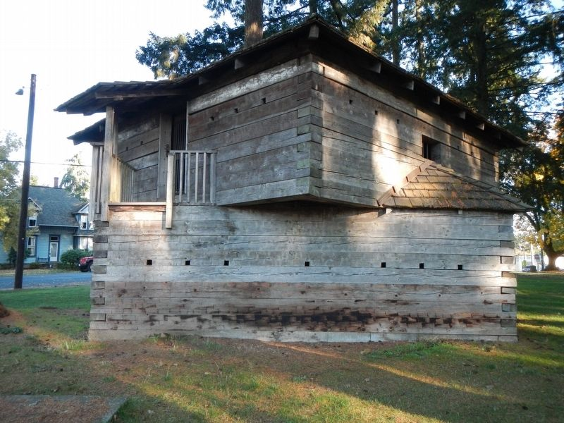 Yamhill Blockhouse image. Click for full size.