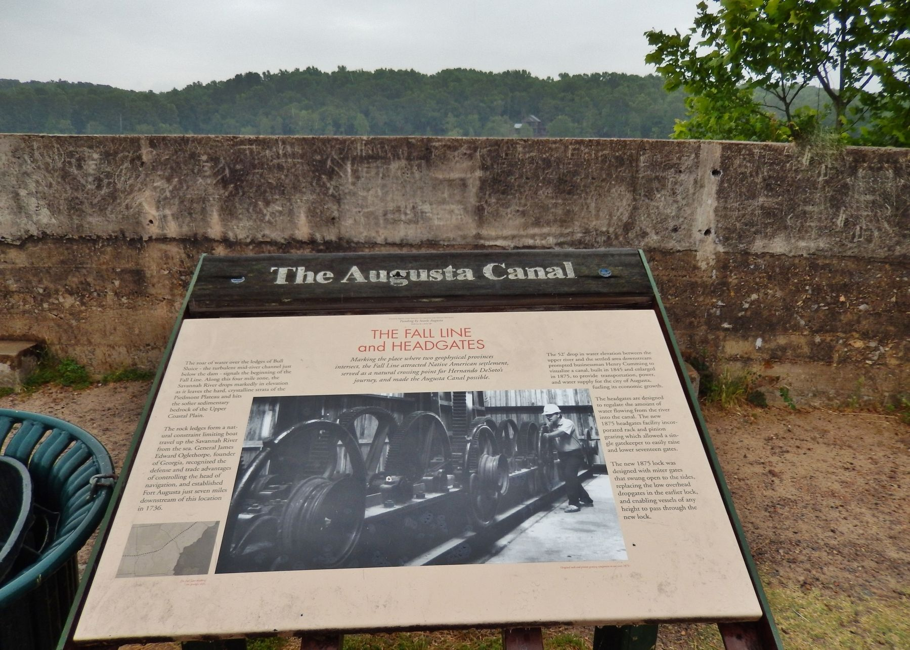 The Augusta Canal Marker (<i>wide view</i>) image. Click for full size.
