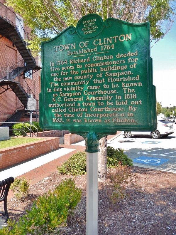 "Town of Clinton Marker (<i>tall view; ""Richard Clinton"" marker visible in background, left</i>) image. Click for full size."