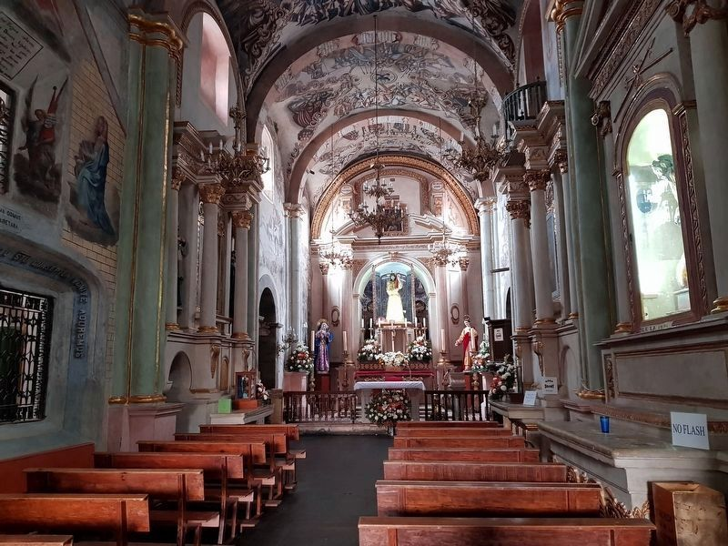 Interior of the Sanctuary of Jesus Nazarene of Atotonilco image. Click for full size.