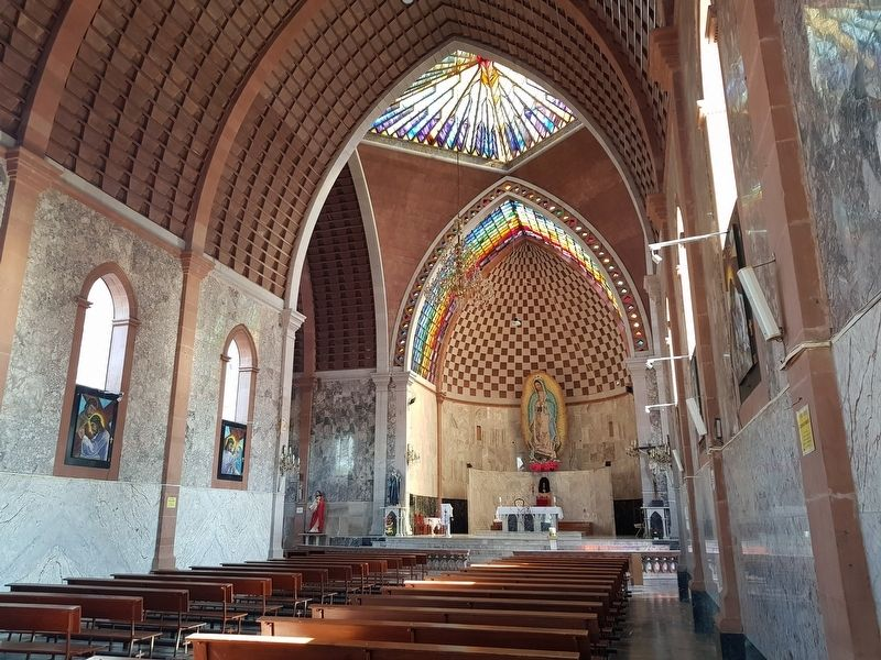 Interior of the Parish of Santa María de Guadalupe of Pedro Escobedo image. Click for full size.