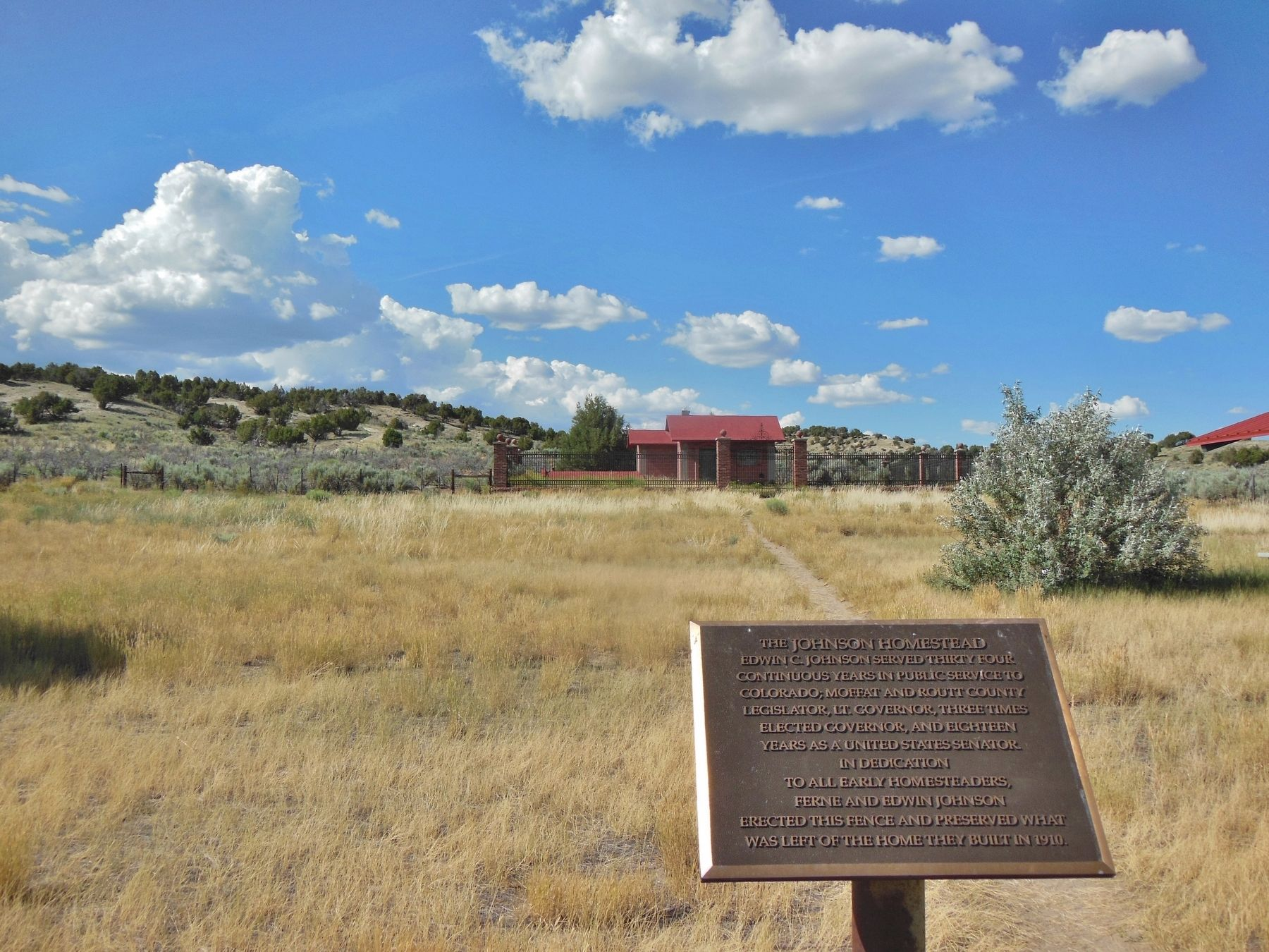 The Johnson Homestead Marker (<i>wide view</i>) image. Click for full size.