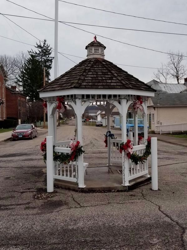 Sardis Historic Town Pump image. Click for full size.