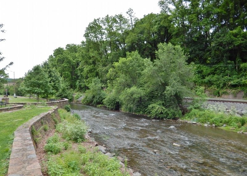 Monocacy Creek (<i>view south from marker</i>) image. Click for full size.