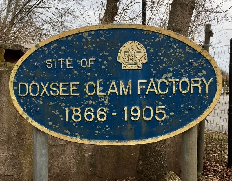 Doxsee Clam Factory Marker image. Click for full size.