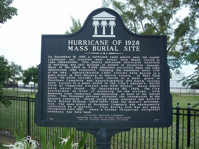 Hurricane of 1928 Mass Burial Site Marker image. Click for full size.
