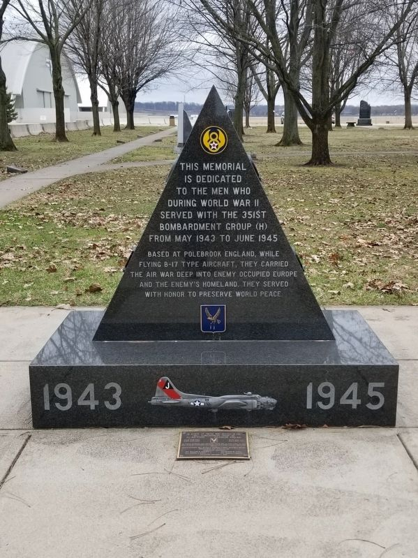 351st Bombardment Group Memorial image. Click for full size.