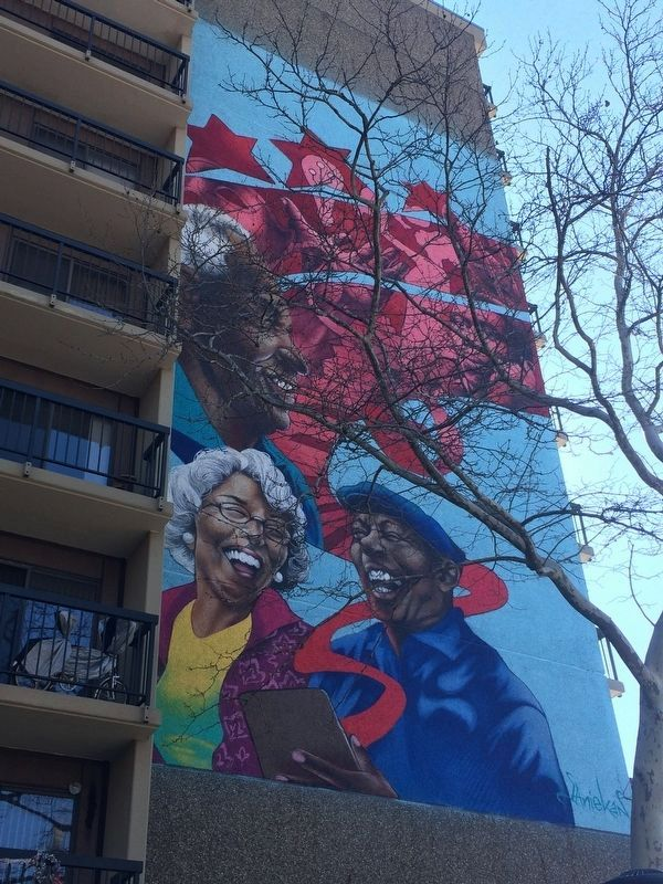 Mural at the Paul Laurence Dunbar Apartments image. Click for full size.