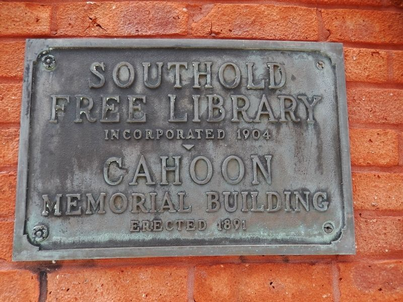 Southold Free Library / Cahoon Memorial Building (<i>plaque near entrance</i>) image. Click for full size.