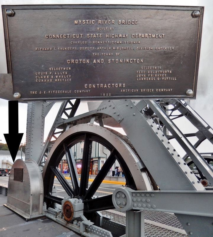Bridge Construction Plaque and Bull Wheel image. Click for full size.