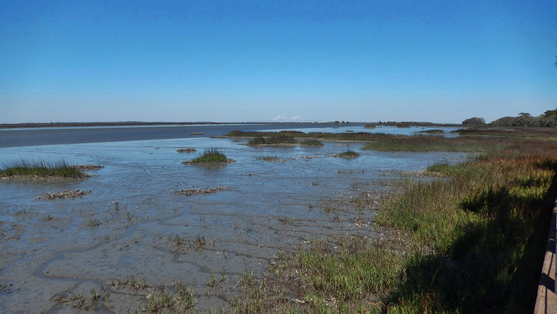 Jekyll Creek (<i>Sydney Lanier Bridge & Brunswick; view north from near marker</i>) image. Click for full size.