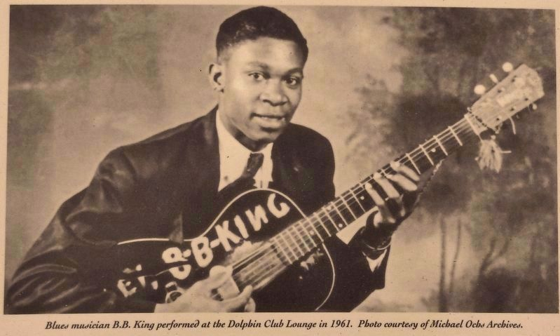 Marker photo detail: B.B. King performed at the Dolphin Club Lounge in 1961 image. Click for full size.