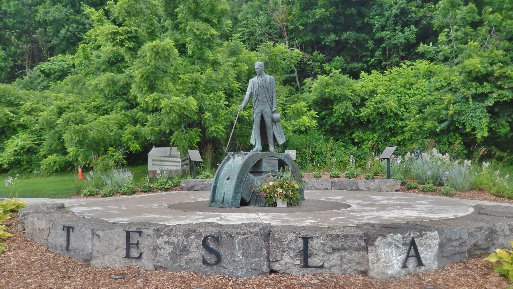 Nikola Tesla Monument (<i>marker visible on left side in background</i>) image. Click for full size.