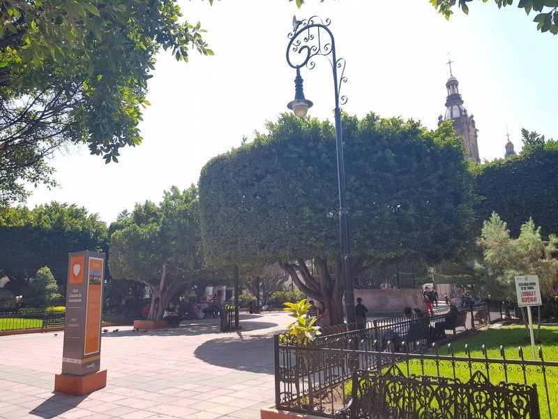 The Main Garden or Constitution Square and Marker image. Click for full size.