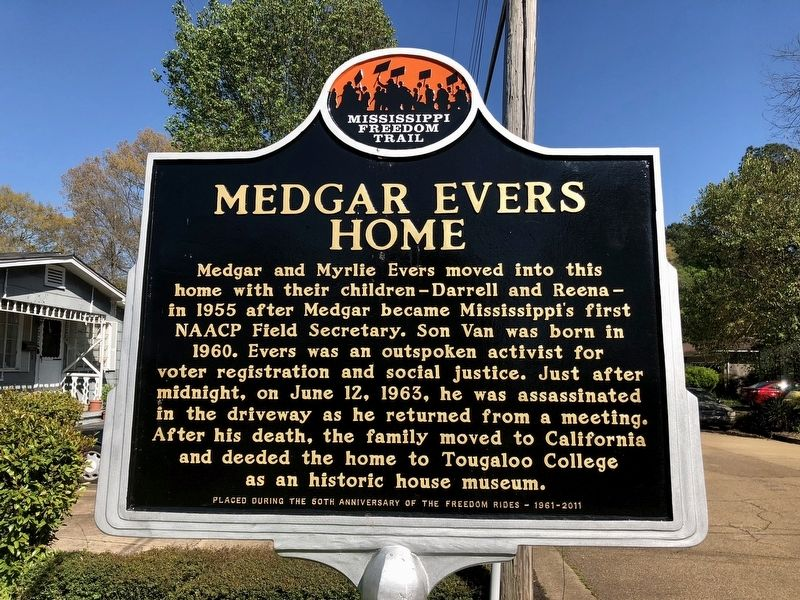 Medgar Evers Home Marker (Front) image. Click for full size.