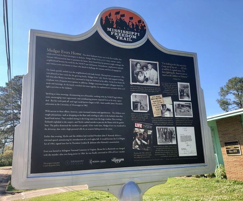 Medgar Evers Home Marker (rear) image. Click for full size.