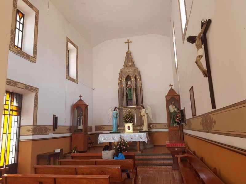 An interior view of the Chapel of Saint Martha (Capilla de Santa Marta) image. Click for full size.
