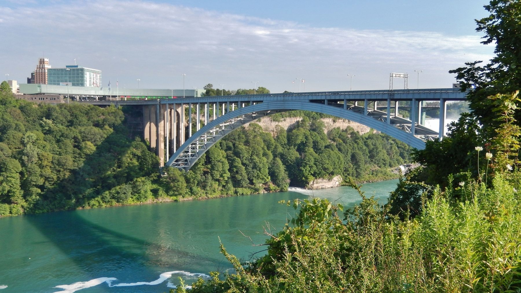 International Rainbow Bridge & Niagara River (<i>north side</i>) image. Click for full size.