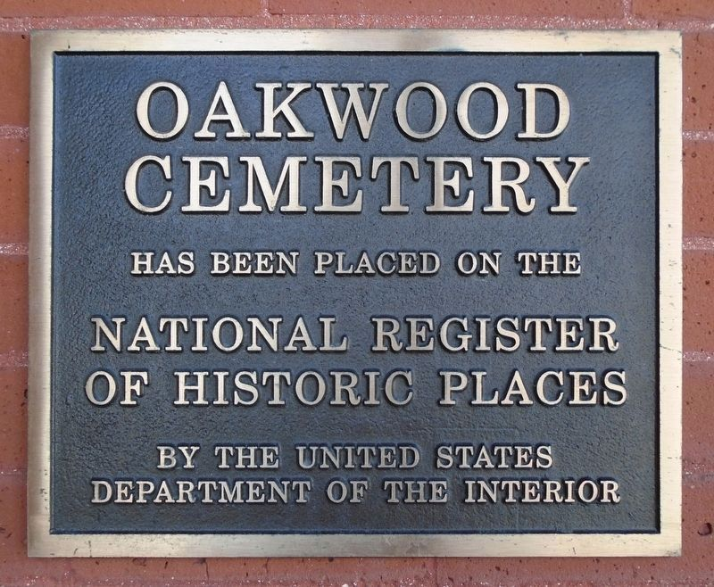 Oakwood Cemetery NRHP Marker image. Click for full size.