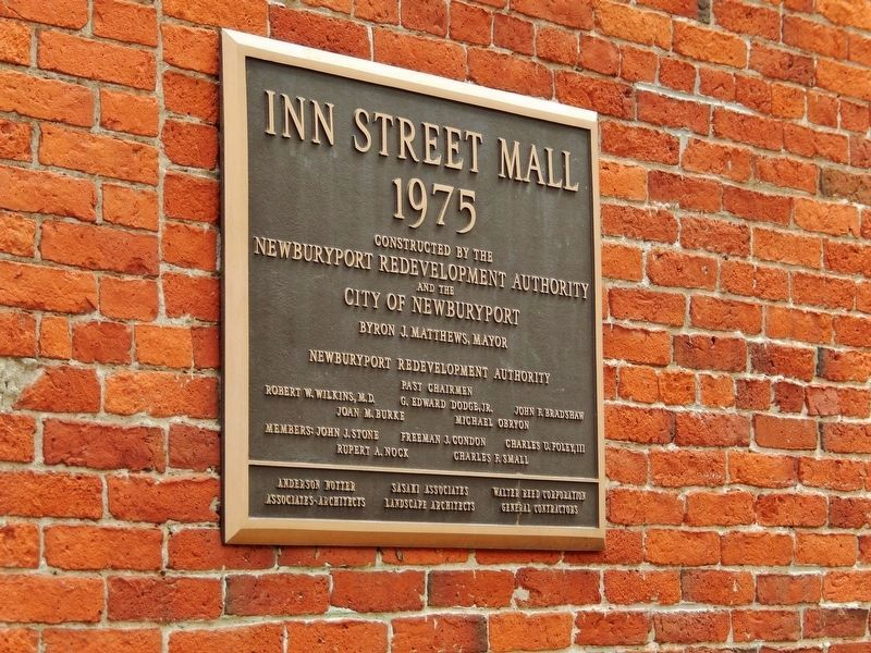 Inn Street Mall Plaque image. Click for full size.