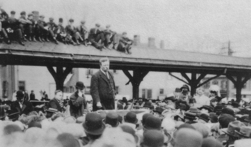 Marker detail: Teddy Roosevelt's 1912 Campaign Speech at Newburyport Railroad Station image. Click for full size.