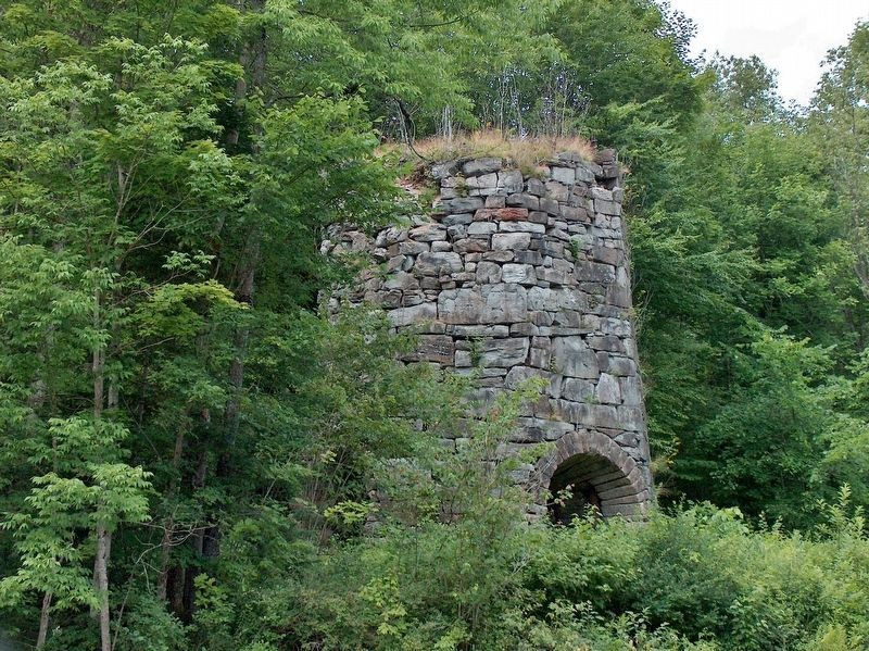 Stone Iron Furnace (<i>close view</i>) image. Click for full size.