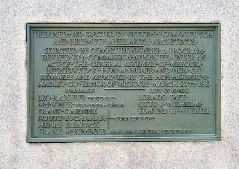 Plaque at rear of memorial. image. Click for full size.