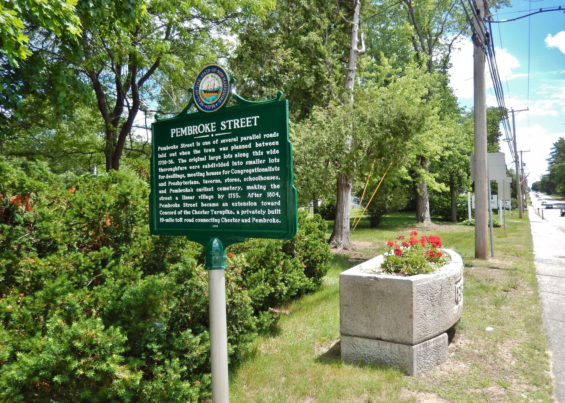 Pembroke Street (<i>marker side 1; wide view</i>) image. Click for full size.