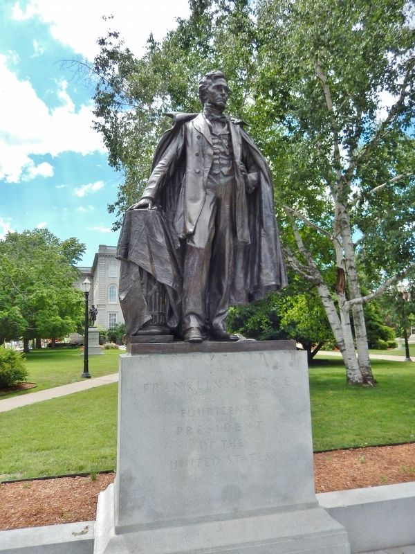 Franklin Pierce Statue image. Click for full size.
