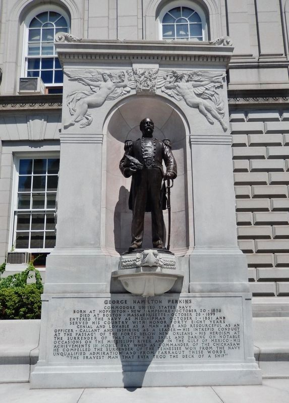 Commodore George Hamilton Perkins Statue image. Click for full size.