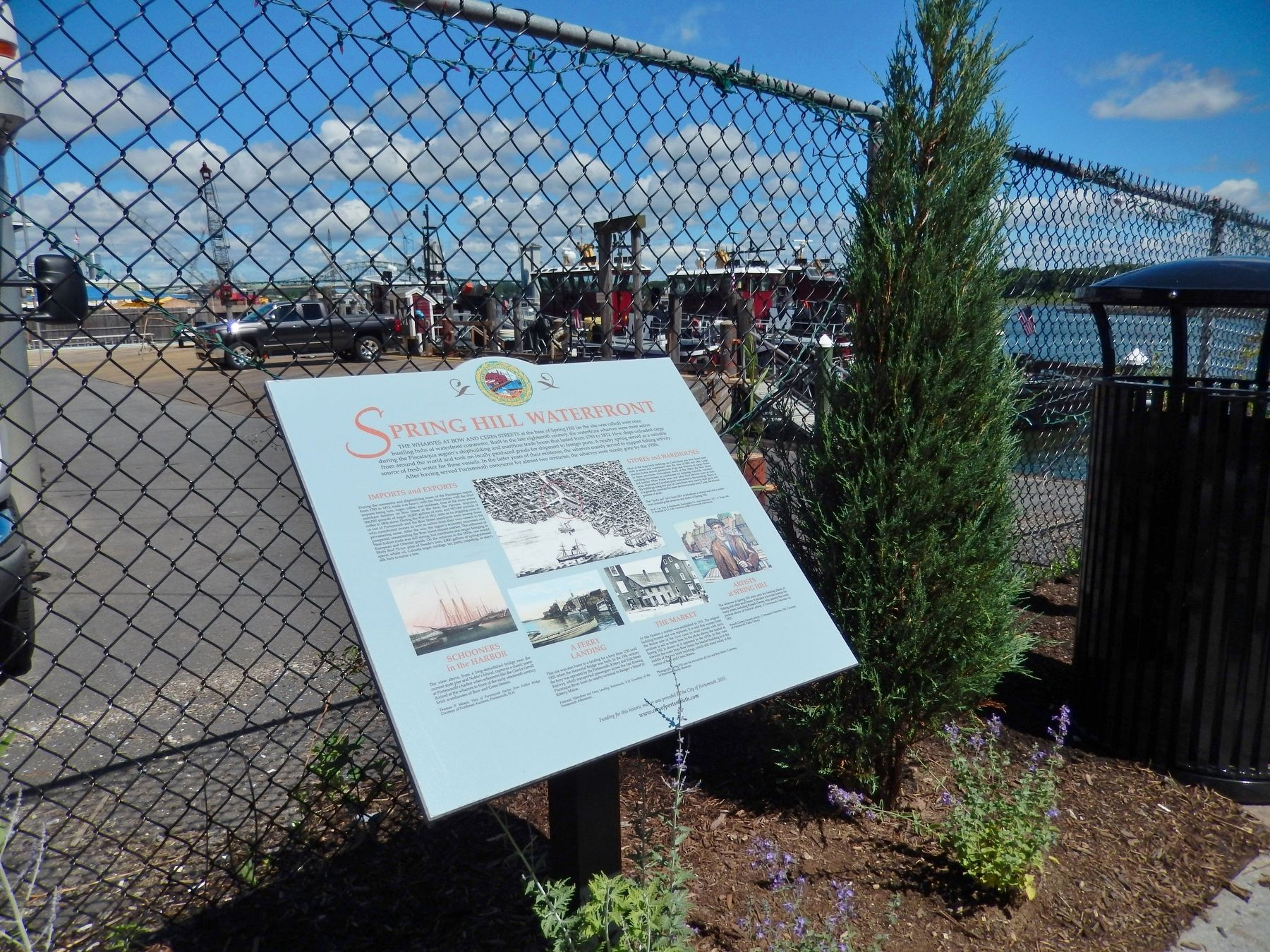 Spring Hill Waterfront Marker (<i>wide view; overlooking dock beyond the fence</i>) image. Click for full size.