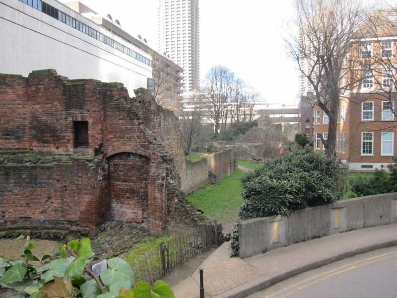 London City Wall - Section of Wall, Looking North from the Marker image. Click for full size.