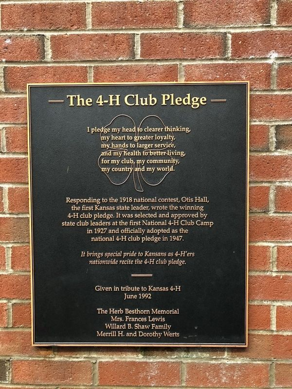 The 4-H Club Pledege Marker image. Click for full size.