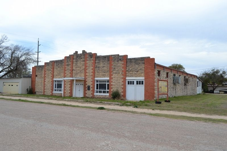 West Texas Woolen Mills Building image. Click for full size.