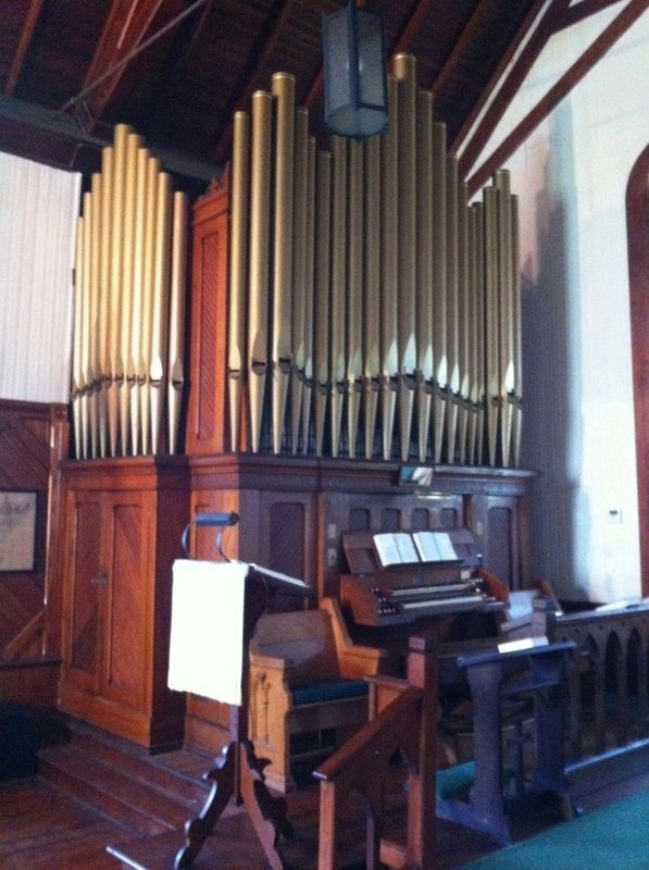 St. James Church Organ image. Click for full size.