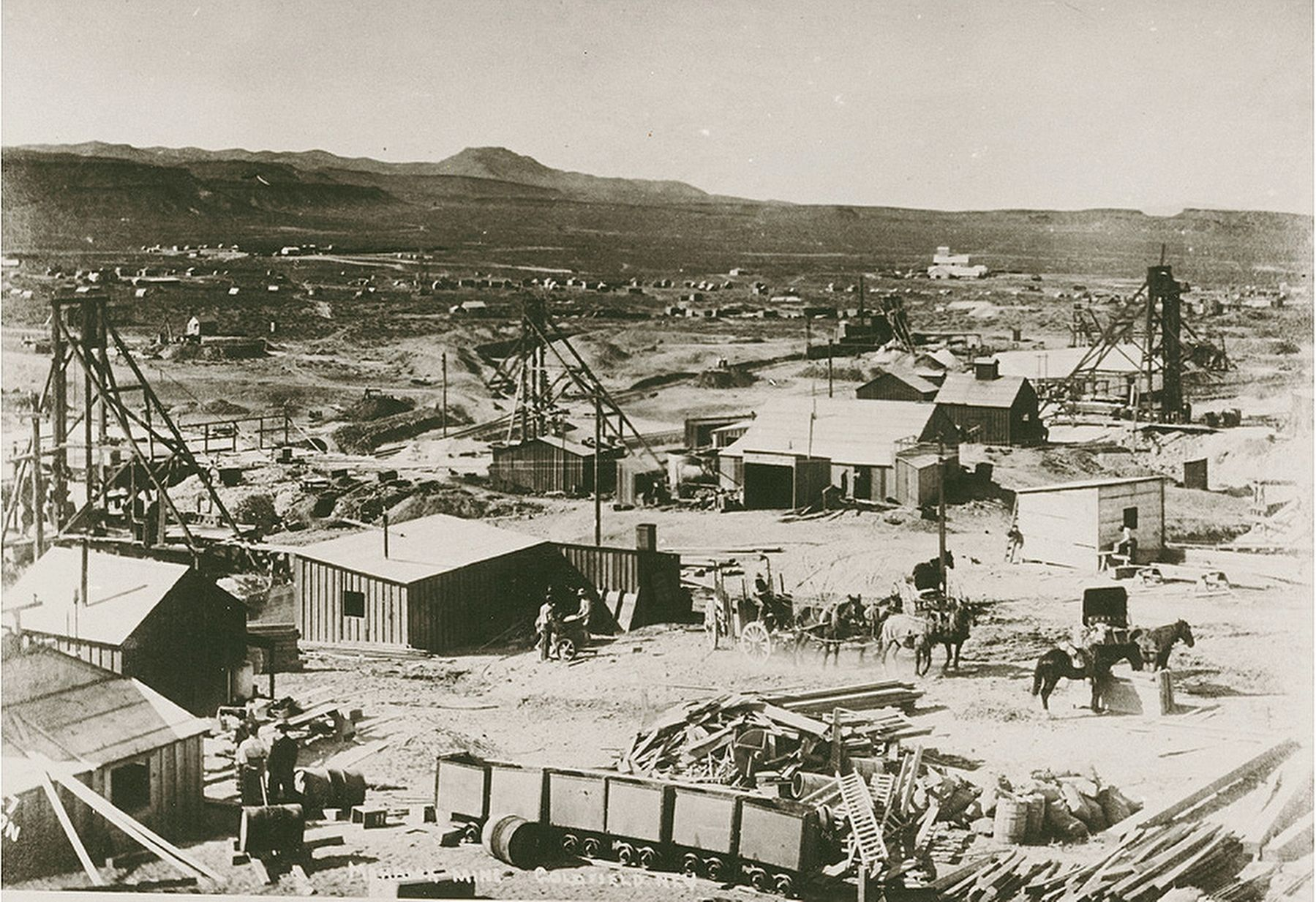 Goldfield, 1910 image. Click for full size.