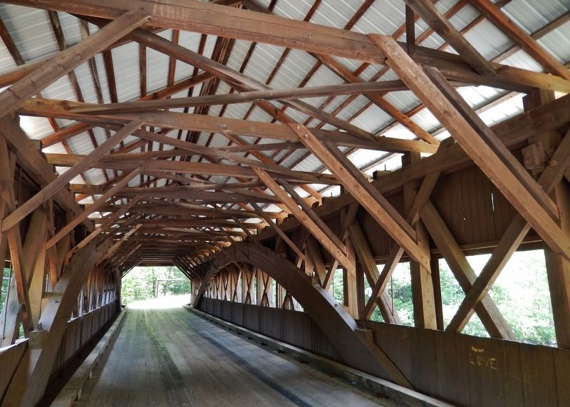Albany Covered Bridge (<i>interior view</i>) image. Click for full size.