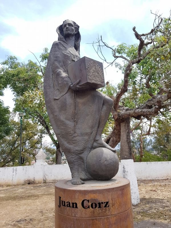 Juan Corz statue image. Click for full size.